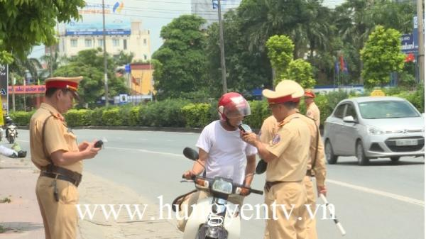 Tạm giữ gần 900 phương tiện sau đợt 1 tổng kiểm soát phương tiện ở Hưng Yên