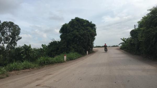 """Hưng Yên: Làm con đường 400m, Giám đốc Công ty Hoàng Anh """"ăn"""" tiền 2 lần"""