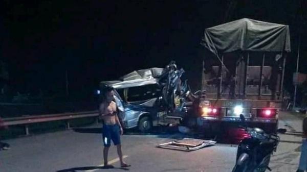 KINH HOÀNG: Xe khách đ.âm vào xe container lúc rạng sáng ở Hưng Yên, 16 người bị th.ương