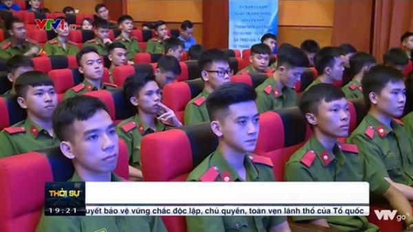 Chỉ xuất hiện trên tivi 2 giây, 9X Phòng cháy Chữa cháy quê Bắc Giang khiến các chị em thương nhớ