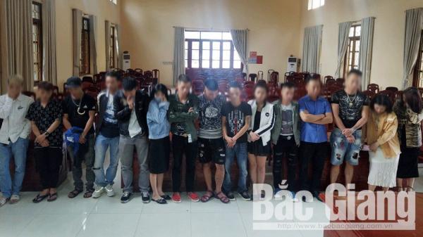 """NÓNG: Phát hiện nhiều đối tượng """"bay lắc"""" tại quán karaoke Sunny Club ở Lạng Giang, Bắc Giang"""