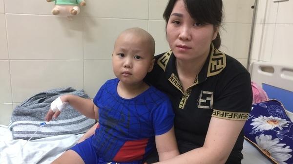 Bắc Giang: Nỗi đ.au tột cùng của bé trai 2 lần tái phát ung thư phải kh.o.ét xương hàm