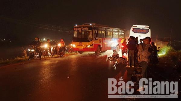 Bắc Giang: Xe buýt v.a ch.ạ.m với xe máy làm một người t.ử v.o.n.g