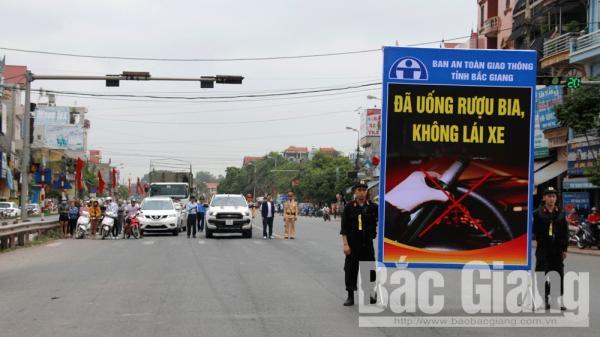 Bắc Giang: Hàng nghìn lái xe tư.ởng ni.ệm các nạn nhân t.ử v.o.ng do tai n.ạn giao thông