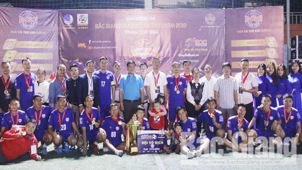 Đội Civilzed giành chức vô địch giải Bóng đá Bắc Giang League năm 2019