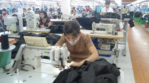 Hưng Yên: Công ty May Hưng Long ở Mỹ Hào thưởng tết 30 triệu đồng 1 người