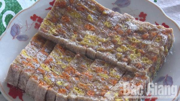 Thơm thảo chè lam Suối Chính - món ăn đặc sắc trong ngày Tết của người dân Tân Yên (Bắc Giang)