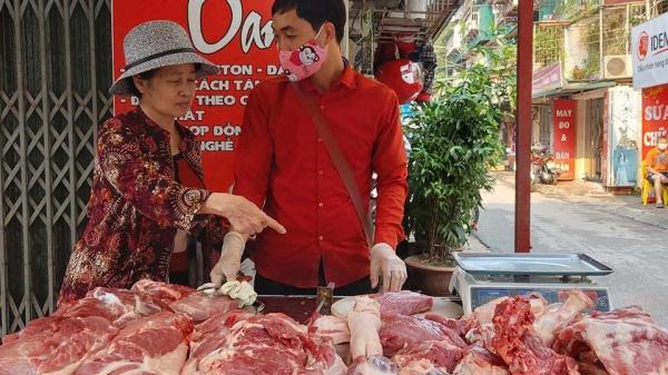 """Lợn hơi quay đầu giảm, giá thịt lợn đã """"hạ nhiệt"""" 20.000 đồng/kg"""
