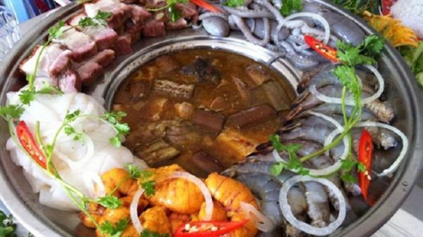 Lẩu mắm U Minh, món ăn 'bốc mùi' nhưng ngon quên lối về ở Cà Mau