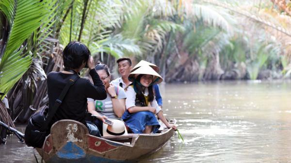 Trải nghiệm du lịch vườn dừa Bến Tre