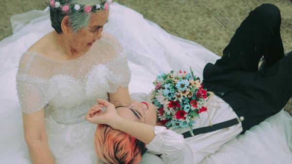 """Câu chuyện xúc động phía sau bộ ảnh """"nội tôi 89 tuổi mặc váy cưới"""" của chàng trai Cà Mau"""