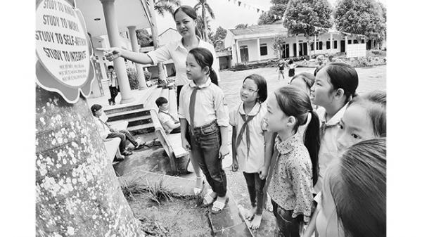 Cô giáo trẻ Phú Thọ tận tụy với nghề
