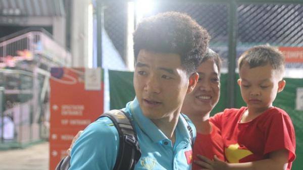 """Hà Đức Chinh mệt phờ: """"Họ bắt uống nhiều nước và đi tiểu để kiểm tra doping"""""""