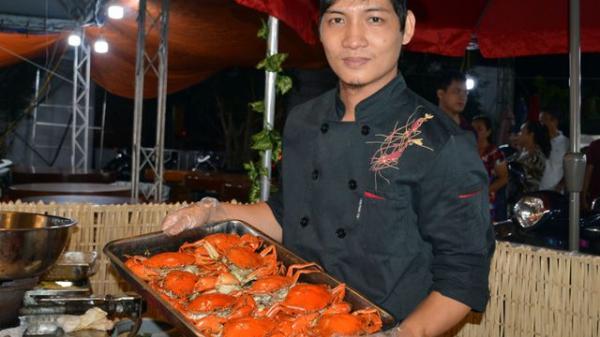 Buffet 25 món cua Cà Mau lần đầu xuất hiện tại Việt Nam