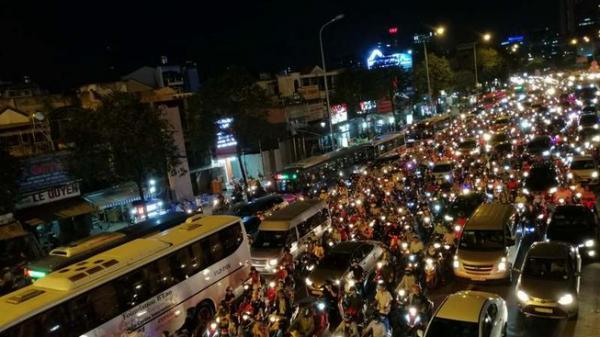 Dừng, đỗ xe ở khu vực cầu Sài Gòn sẽ bị p.hạt