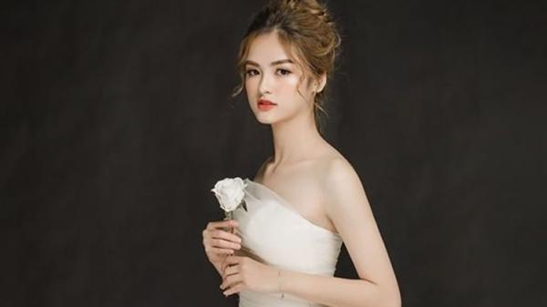 Cô gái Phú Thọ là tân hoa khôi ĐH Ngoại thương: Sở hữu nhan sắc quyến rũ cùng gu thời trang cá tính