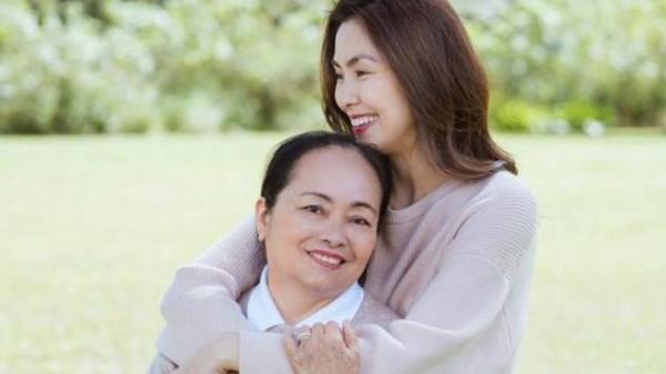 Người phụ nữ phía sau có ảnh hưởng đến tài nấu nướng của Tăng Thanh Hà