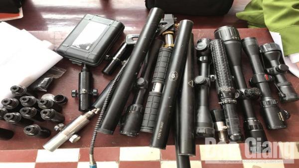 Công an Bắc Giang thu giữ 100 linh kiện lắp ráp súng tự chế