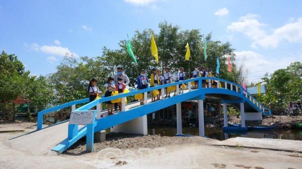 Cà Mau: Khánh thành cầu Pé Thỏ với tổng kinh phí 120 triệu đồng ở xã Tân Phú
