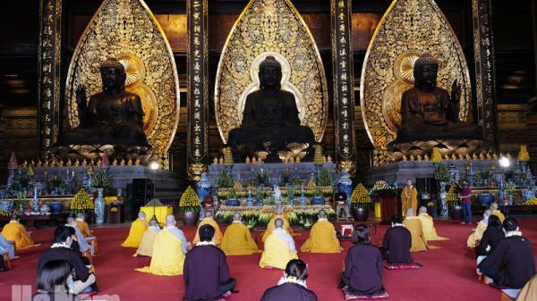 Ngôi chùa lớn nhất thế giới ở Hà Nam tổ chức Đại lễ Phật đản Phật lịch 2564