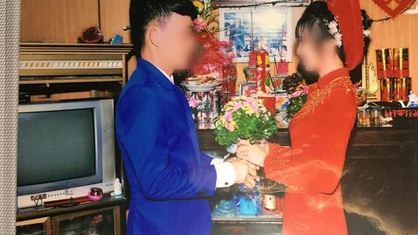 Miền Tây: Bộ ảnh cưới của cô dâu chú rể hot nhất trên MXH hôm nay khiến cư dân mạng vừa thương vừa buồn cười
