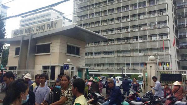 TPHCM: Bệnh viện Chợ Rẫy lên tiếng vụ khoan nhầm cẳng chân của bệnh nhân