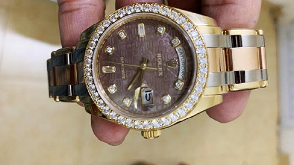 Chủ chiếc đồng hồ Rolex tiền tỷ ở Sài Gòn 's ập bẫy'