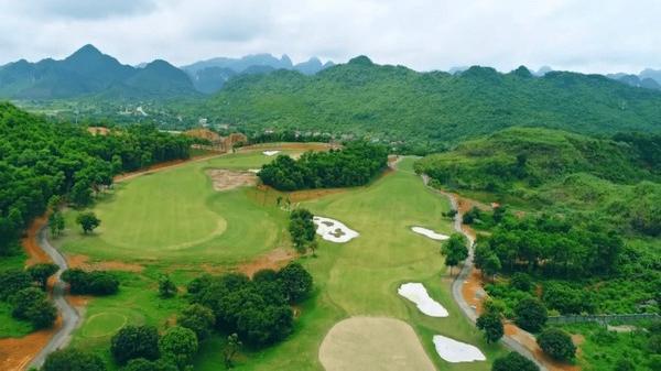 Sân golf Kim Bảng 1.000 tỉ bị xử phạt, chủ đầu tư nói gì?