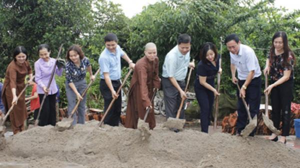 """Ninh Bình: Xây dựng nhà """"Mái ấm tình thương"""" cho người nghèo"""