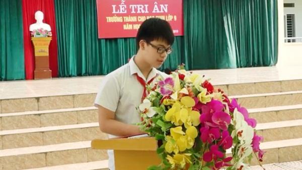 Lời tri ân của học sinh lớp 9 tại Hòa Bình khiến cả hội trường bật khóc
