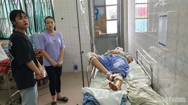 Em gái tử vong, chị bị thương nặng trong vụ tai nạn thảm khốc ở Hoà Bình