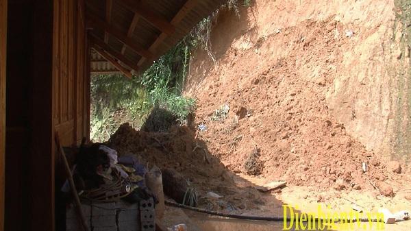 Người dân Điện Biên sống thấp thỏm trong vùng nguy cơ bị sạt lở
