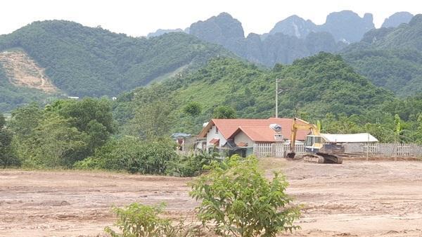 """Lương Sơn - Hoà Bình: """"Nóng"""" tình trạng khai thác đất trái phép"""