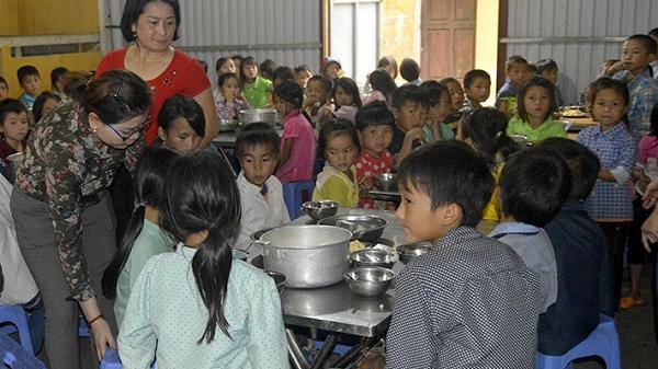 Điện Biên: Tiếp sức cho học sinh vùng khó