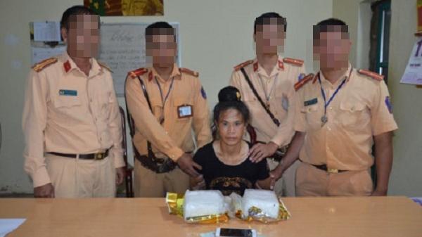 Điện Biên bắt một phụ nữ vận chuyển 2kg ma tuý trong chè khô