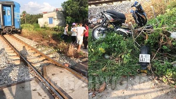 Xe máy điện đâm vào tàu hỏa, 2 người tử vong