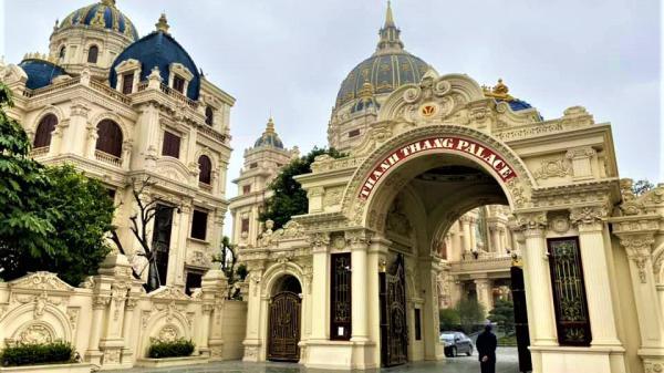 Chùm ảnh có 1-0-2: bên trong tòa lâu đài dát vàng nghìn tỷ của đại gia Ninh Bình