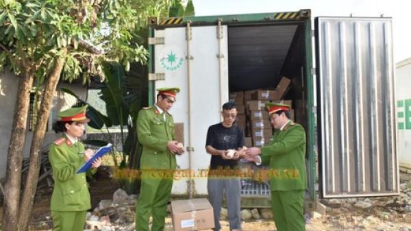 Ninh Bình: Thu giữ gần 50 tấn thịt trâu và chân lợn không có hóa đơn