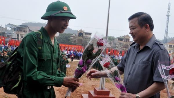 Yên Bái: Thanh niên Yên Bình sẵn sàng nhập ngũ
