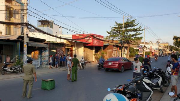 Người đàn ông quê Ninh Bình bị chém lìa tay khi đang đi ô tô trên đường phố