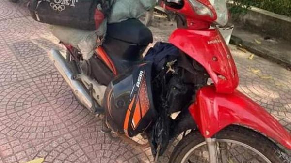Chạy xe máy 3 ngày 3 đêm về quê tránh dịch, thanh niên ngủ gật đâm vào lan can đường