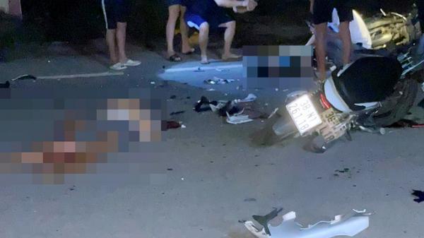 3 người tử vong khi xe máy đấu đầu