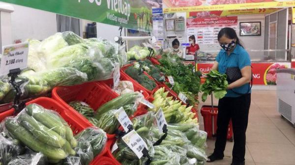 Thái Nguyên: Giá rau xanh tăng mạnh