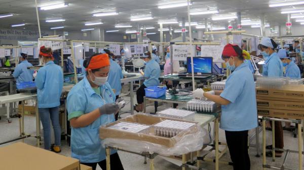 Thiếu lao động tại các khu công nghiệp ở Thái Nguyên: Chưa trầm trọng nhưng đã ảnh hưởng lớn