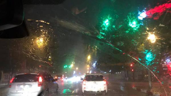 Vì sao nhiều nơi có mưa rào vào đêm giao thừa xuân Canh Tý?