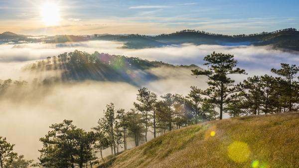 Đến Đà Lạt khám phá 5 ngọn đồi đẹp nhất