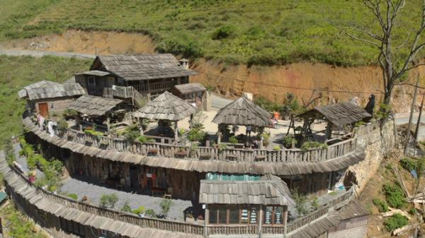 Homestay vắt vẻo bên sườn đồi ở Sapa
