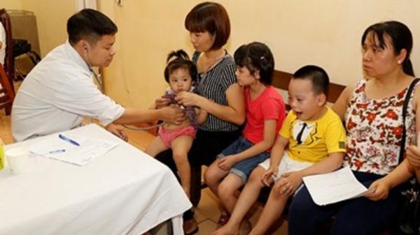 Ninh Bình: Hàng ngàn trẻ em được khám, sàng lọc bệnh tim miễn phí