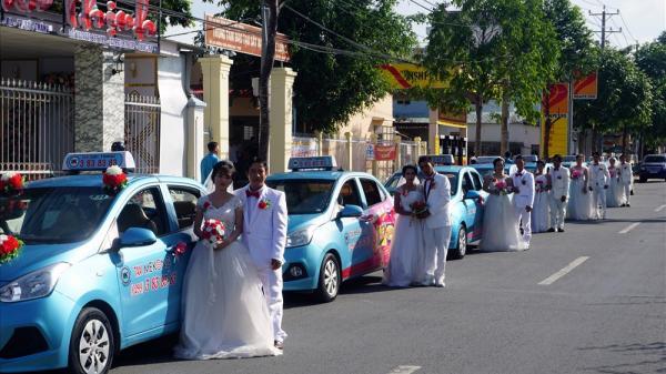 Độc đáo đám cưới tập thể của CNVCLĐ tại Sóc Trăng
