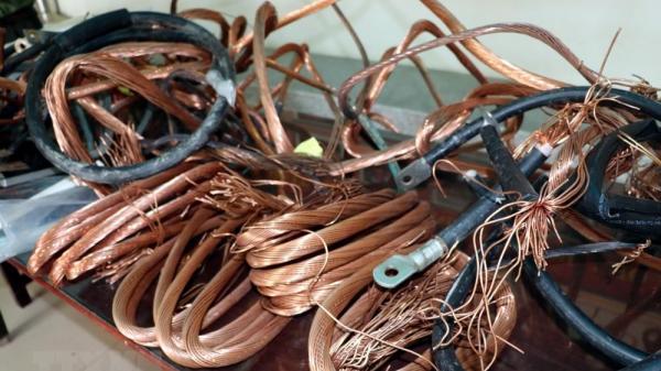 Đối tượng quê Ninh Bình gây ra 15 vụ trộm cắp dây cáp điện sa lưới